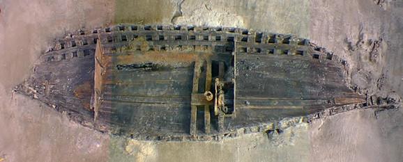 Izvađeni ostaci broda