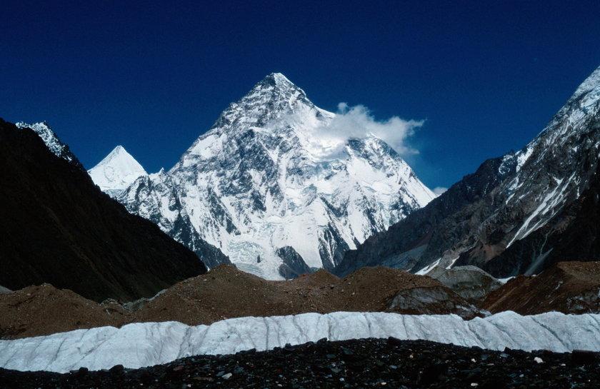 Wcześniej K2, od lat nazywana górą mordercą, pochłonęła w tym sezonie dwie ofiary.