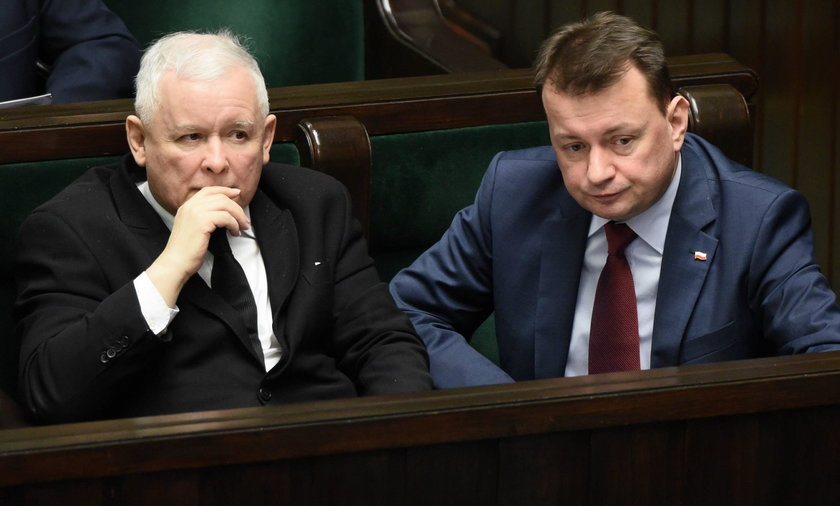 """Przejęty Kaczyński o współpracowniku: """"Ucho Prezesa"""" go skrzywdziło"""