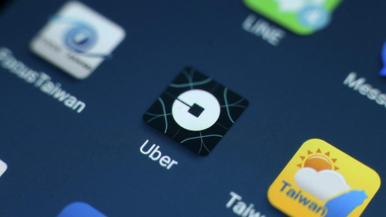 Taiwan government to decide to keep or ban Uber