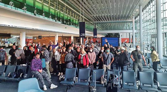 Studenti čekaju povratak u Srbiju