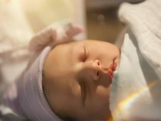 Naša rediteljka postala mama: Na svet došla IVA!