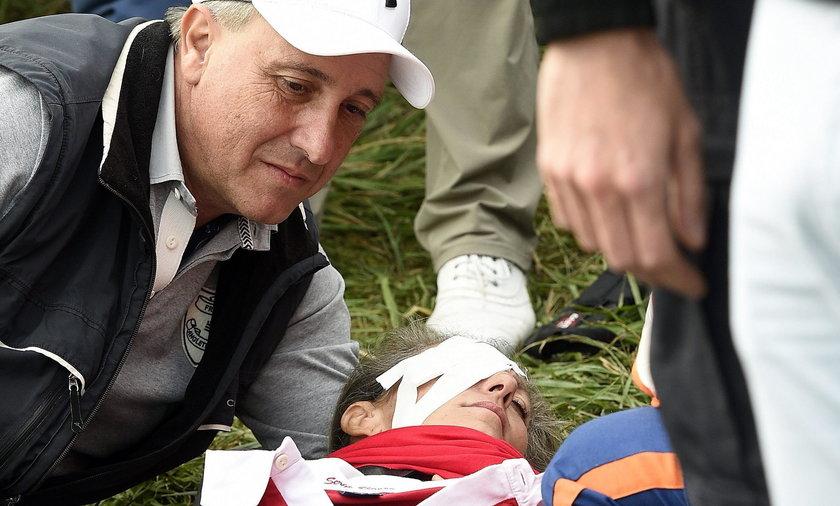 Koszmarny wypadek podczas rozgrywek golfowych. Piłka znokautowała fankę