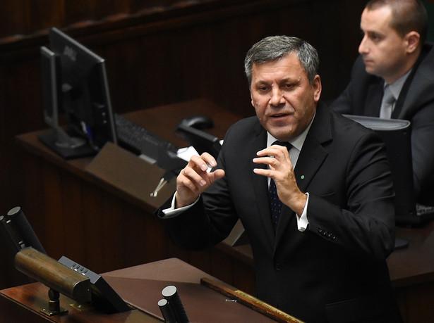 Janusz Piechociński podczas debaty nad expose. Fot. PAP/Radek Pietruszka