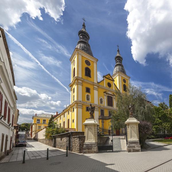 Eger, kościół św. Bernardyna