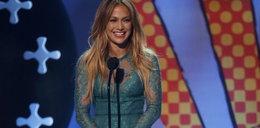 Jennifer Lopez w zielonej mini