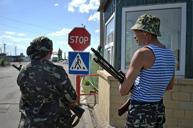 Na wschodzie Ukrainy wciąż trwają walki EPA/VALENTINA SVISTUNOVA