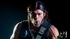 Syn basisty Metalliki gra w Korn