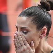 Ivana Španović U BELOM izgleda zanosno, mama je presrećna! Ne, NIJE to što ste pomislili! /FOTO/ /VIDEO/