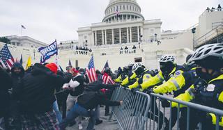 USA: Szturm przyspieszy zmiany w policji