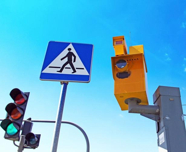 Niezmienne dziwi, że instytucja, która kontroluje prędkość na drogach, wciąż nie robi tego na moście, choć wszystko ma podane na tacy