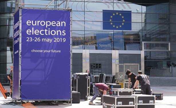 Mieszkańcy UE wybiorą 751 europosłów, ale jeśli Wielka Brytania wyjdzie z UE liczba ta spadnie do 705.