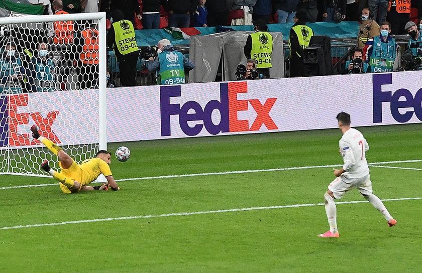 Hiszpański napastnik zmarnował ważny rzut karny w konkursie jedenastek w meczu z Włochami i z tego powodu Hiszpania zakończyła już udział w mistrzostwach.