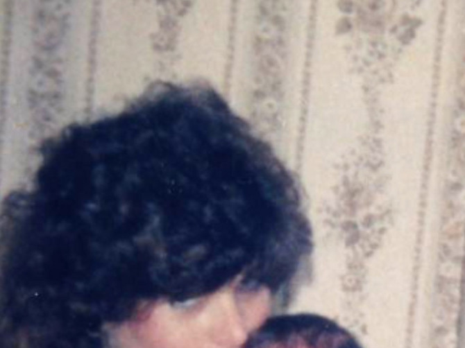 Otkad sam se porodila 1987. godine, PROŽIVLJAVAM PAKAO: Ćerka mi ima 32 godine, a ja tačno toliko JEDVA PREŽIVLJAVAM