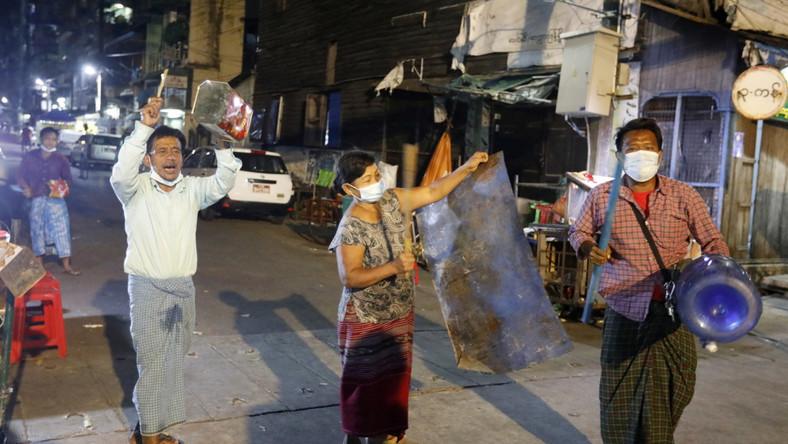 Protesty przeciwko zamachowi stanu