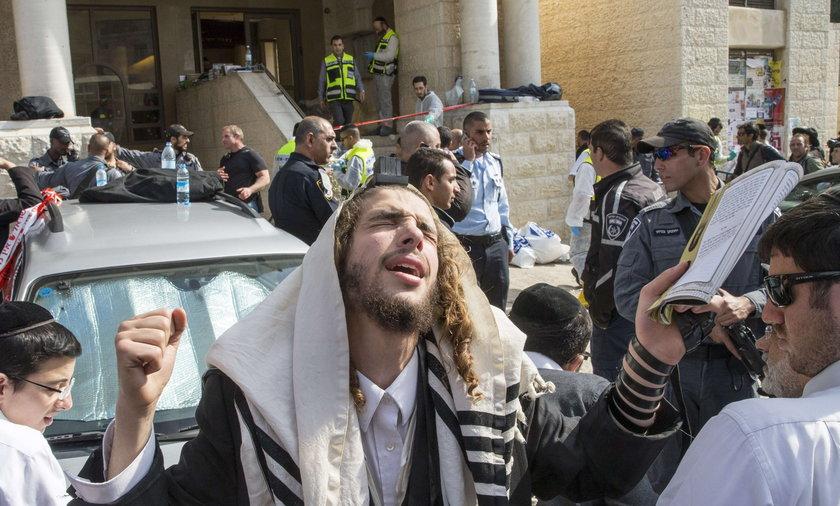 Masakra w synagodze