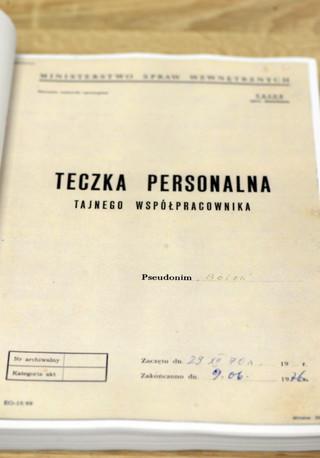 IPN: Kiszczak chciał, by materiały o TW Bolku ujawnić 5 lat po śmierci Wałęsy