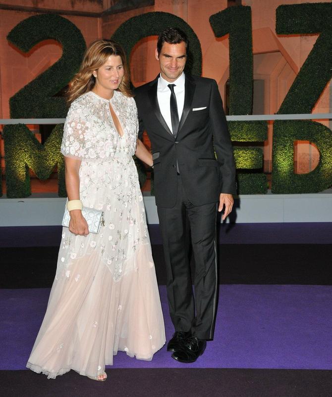 Modni kiks Mirke Federer: sa suprugom na Svečanoj vimbldonskoj večeri nedavno u Londonu