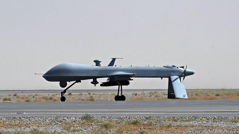 Uzbrojony w rakiety Predator na lotnisku wojskowym w Kandaharze