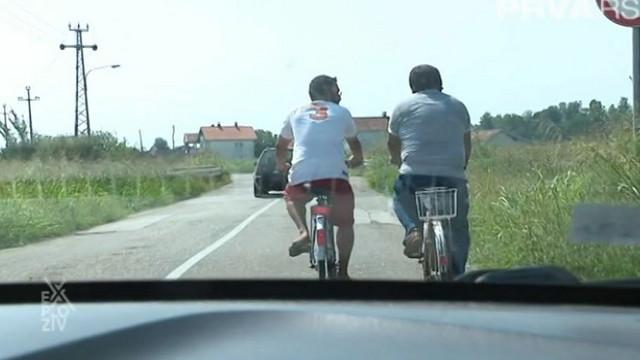 Vladan i Saša su na biciklama pokazivali bogatstvo lokalnih sela