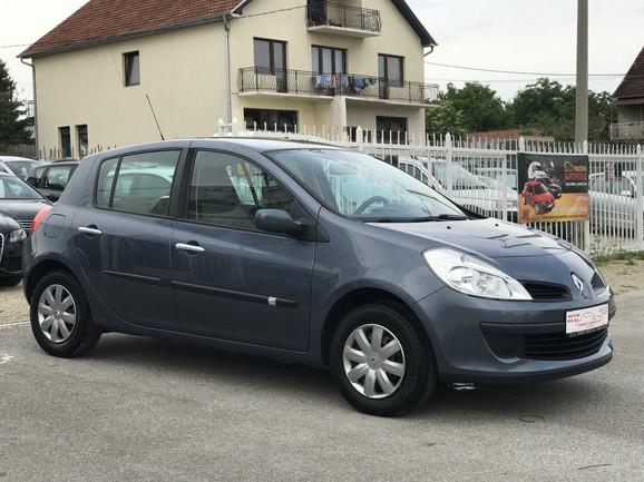 8 - Renault Clio