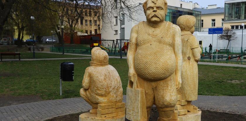 Janusz i Grażyna mają własny pomnik? Musicie to zobaczyć