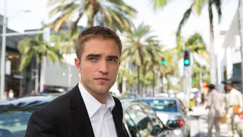 """Robert Pattinson w filmie """"Mapy gwiazd"""""""