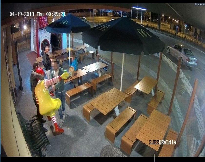 Policjanci poszukują wandala