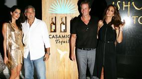 Złota Amal Clooney i zjawiskowa Cindy Crawford na wakacjach z mężami