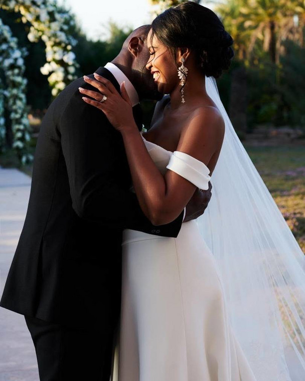 Idris Elba marries Sabrina Dhowre in a three day wedding in Morroco (British Vogue)
