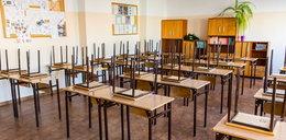 Kiedy uczniowie wrócą do szkół? Minister Czarnek podał wstępny termin