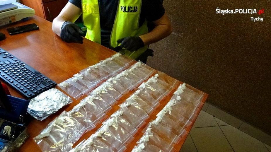 Kryminalni z Tychów przejęli ponad tysiąc działek amfetaminy