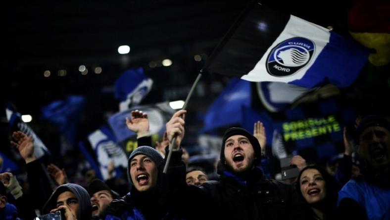Atalanta's supporters have a reason to cheer after a 2-1 win over Empoli that ended the team's three-game winless run on December 20, 2016