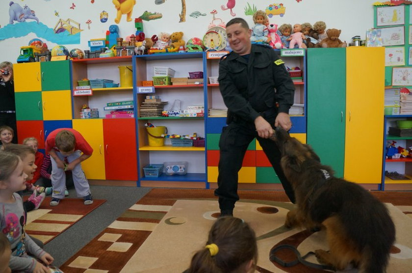 Policyjny pies Ares