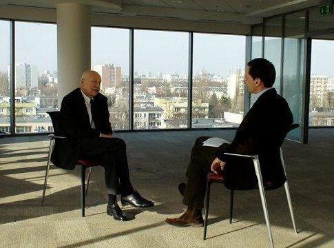 Jerzy Stuhr rozmawia z Krzysztofem Ziemcem