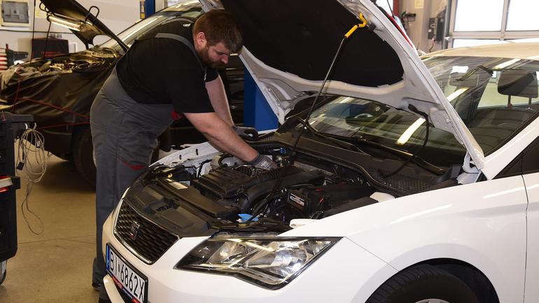 Używane auto z LPG: droższe czy tańsze?