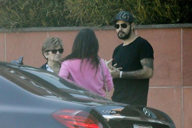 Penelope sa majkom i bratom pre nekoliko meseci u Los Anđelesu