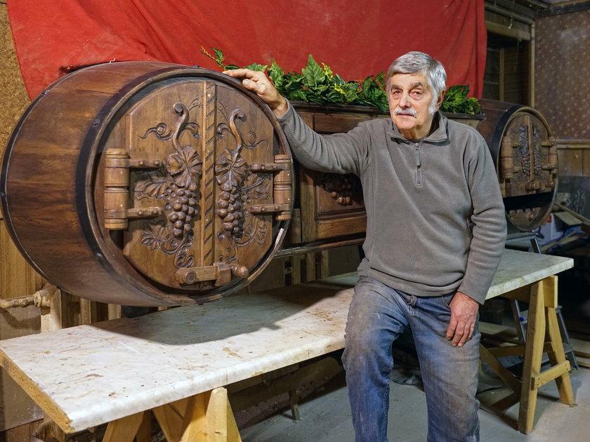 Bednarz z Podlasia robi dzieła sztuki