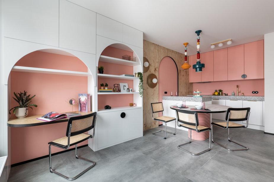 Kolorowe mieszkanie w Warszawie. Tutaj każdy fragment jest wyjątkowy