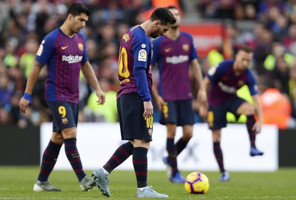 Očaj fudbalera Barselone posle poraza od Betisa