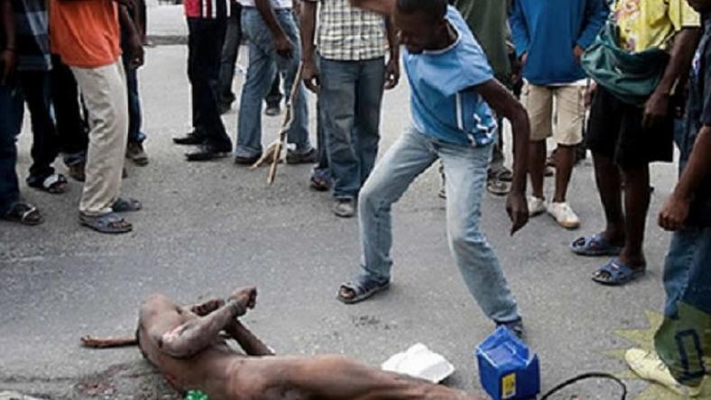 Mob lynches rapist, dumps body in refuse bin - Nigerian