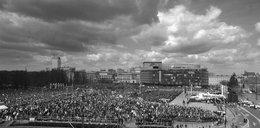 100 tys. ludzi na Pl. Piłsudskiego