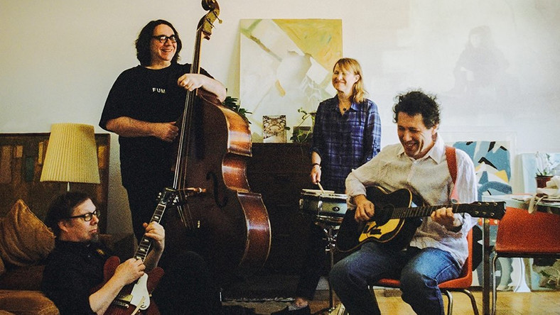 "Yo La Tengo wydaje ""Stuff Like That There"""
