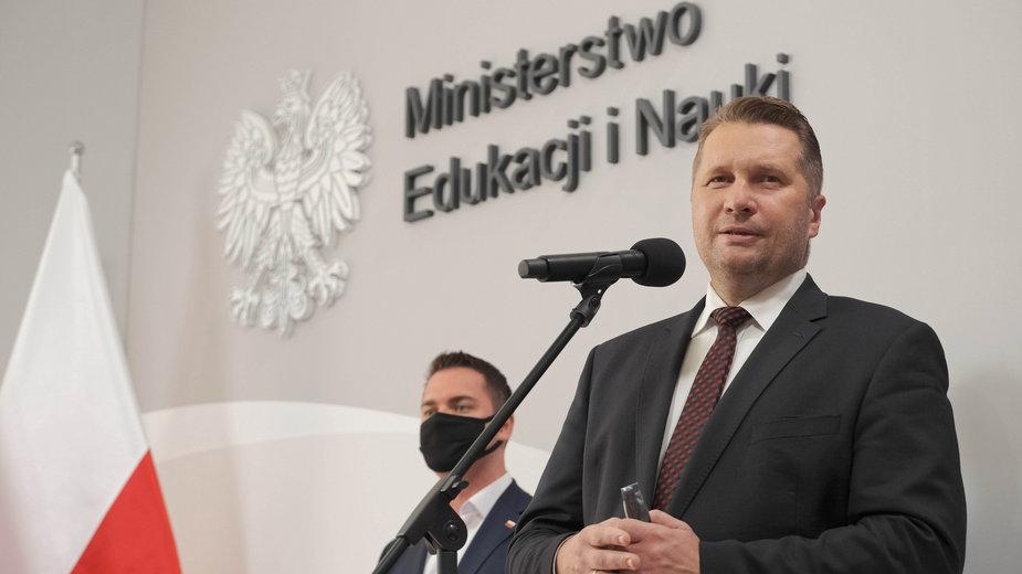 Minister Czarnek był gościem w TVP Lublin. Wypowiedział się na temat powrót do szkół i podał odsetek zaszczepionych