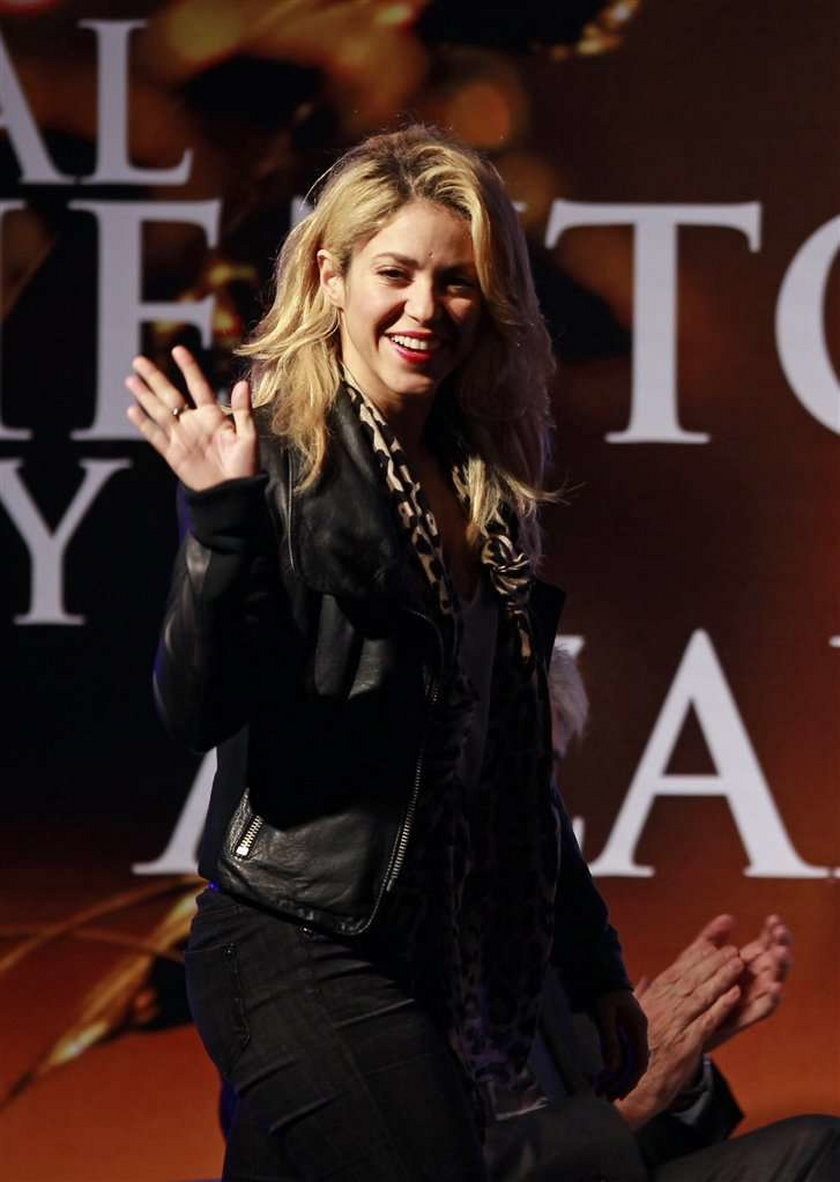 Shakira pogryziona przez morską bestię - uratował ją brat