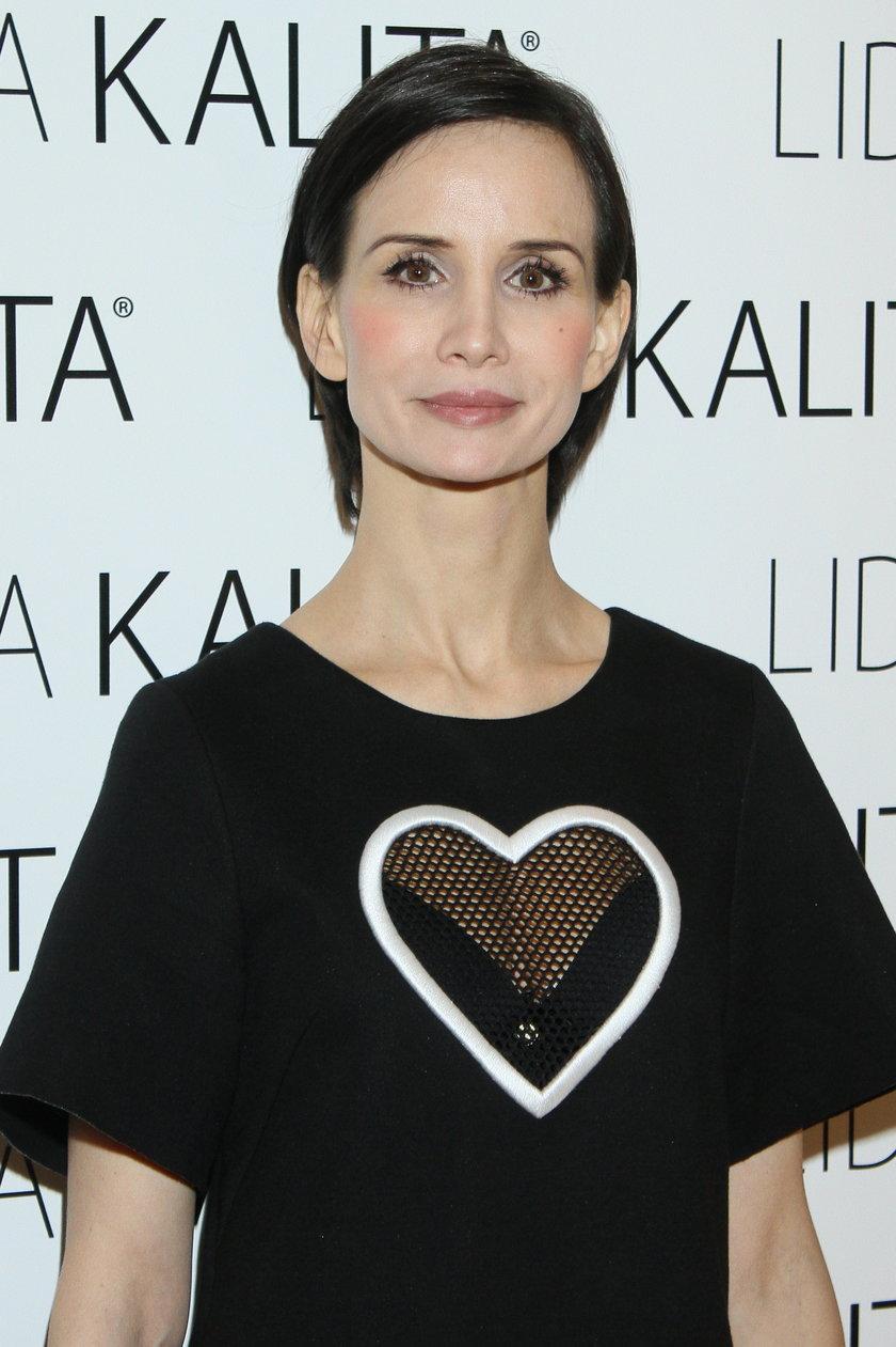 Viola Kołakowska na salonach