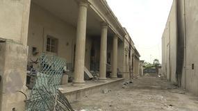 Spustoszone Muzeum Archeologiczne w Mosulu