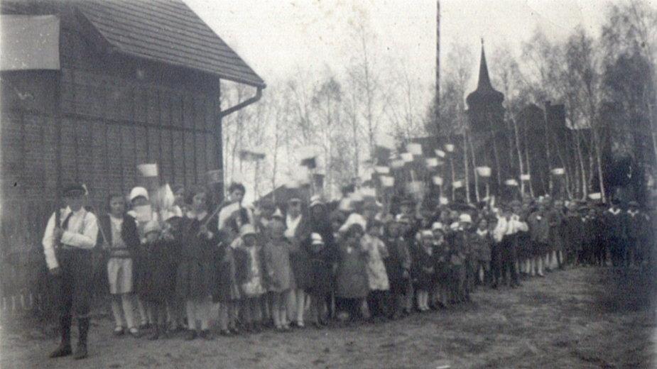 Radusz - największa wieś Puszczy Noteckiej, mieszkańcy, wojna, historia, ślady
