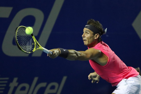 Rafael Nadal na meču protiv Grigora Dimitrova u Akapulku
