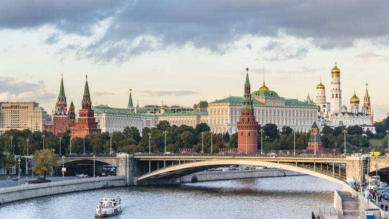 """""""Izwiestija"""": Rosja może wydalić 30 amerykańskich dyplomatów"""